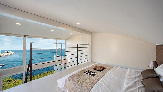 Duplex Room(2인 조식 포함)