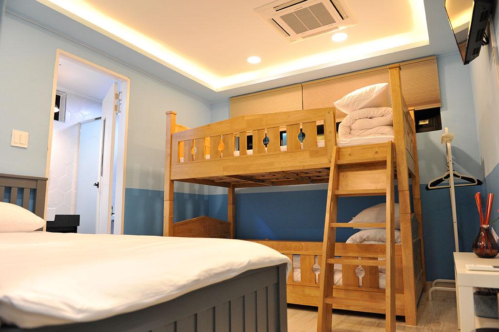 3인실(이층침대)