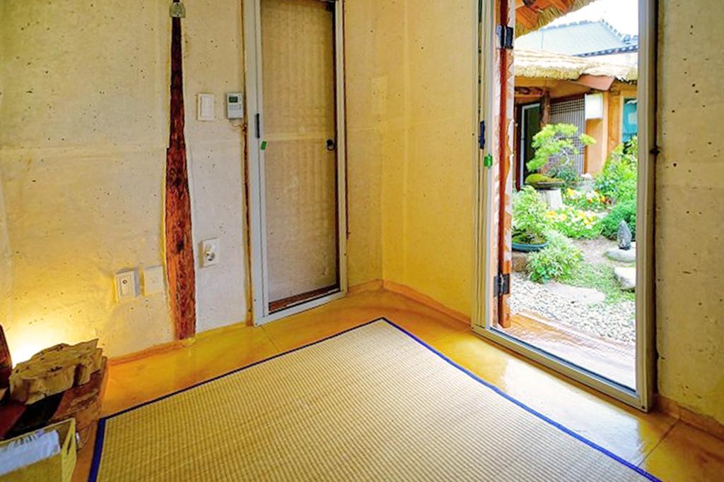 전주 근수네초가집 게스트하우스 이미지1