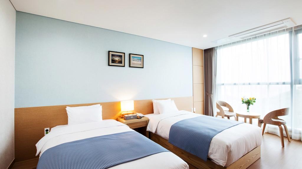 유어스 호텔 이미지1