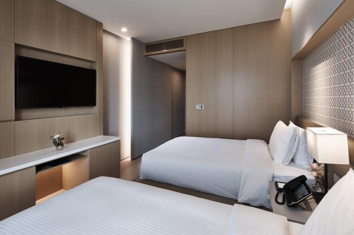 Bed & Breakfast PKG  슈페리어 트윈(만12세미만 동반 소아2인 조식무료)